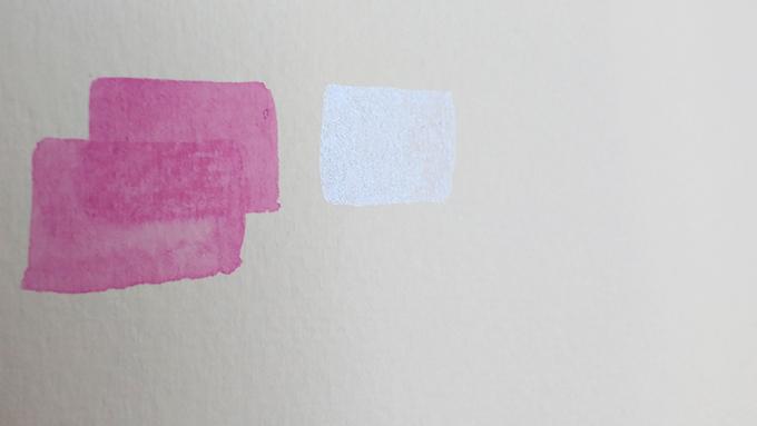 Teste em papel com as cores Yogurte e Vanilla da Pestilento.