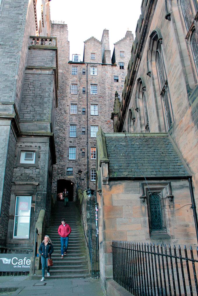Close em Edimburgo