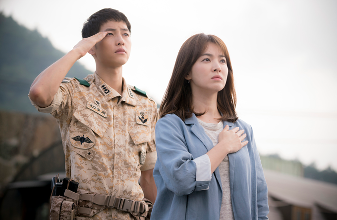 Descendants of the Sun - Yoo Si-Jin e Kang Mo-yeon