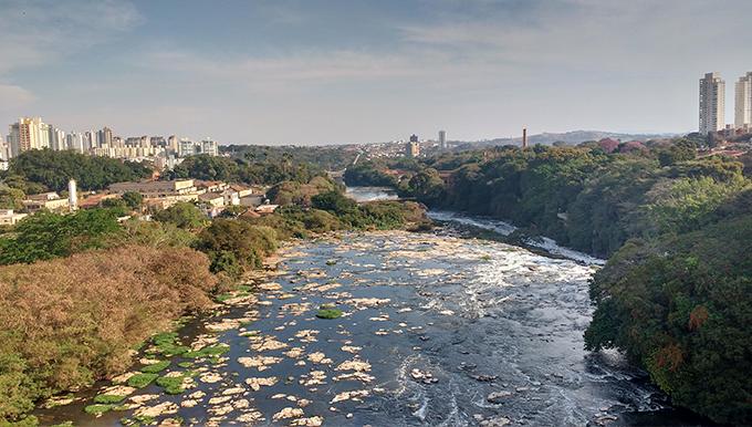 Rio Piracicaba visto do elevador panorâmico